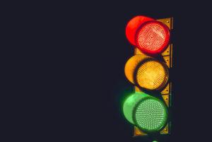 縦型の3色の信号